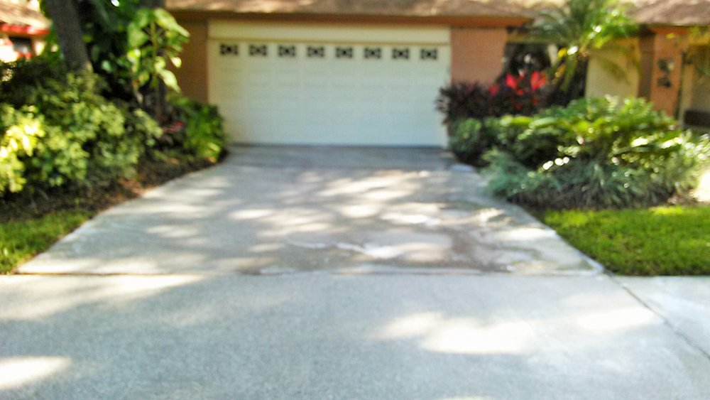 driveway after pressure washing in safety harbor (2).jpg